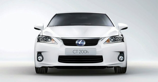 Lexus CT 200h Front View