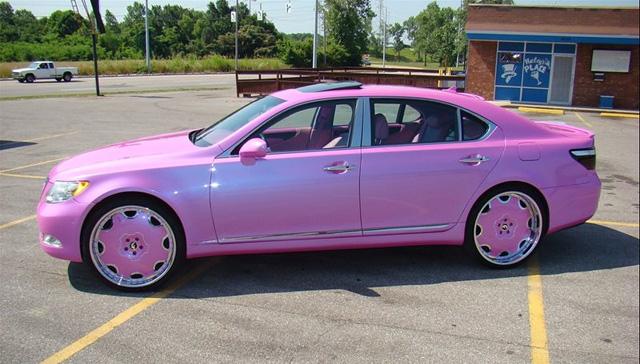 Pink Lexus LS 460 Side