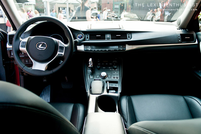 Red Lexus CT 200h Interior