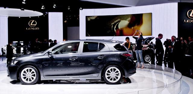 Lexus CT 200h in Smoky Granite Mica