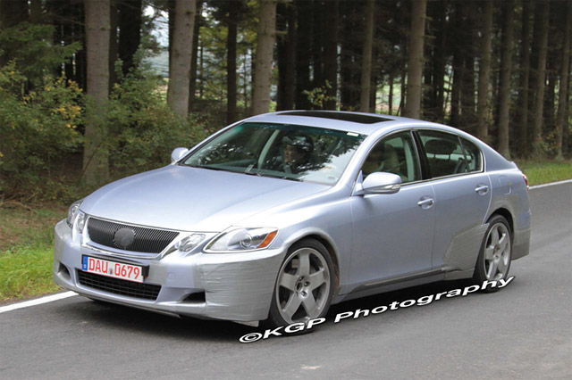 Lexus GS Spy Shot
