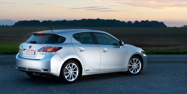 Lexus CT 200h by Inside Line