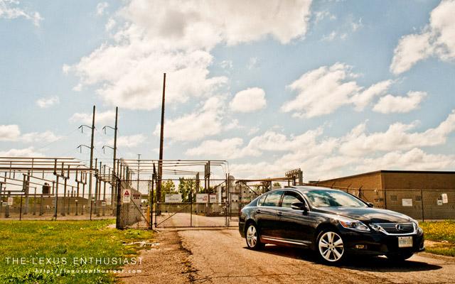 2010 Lexus GS 450h Front View