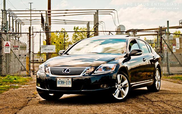 2010 Lexus GS 450h Stance