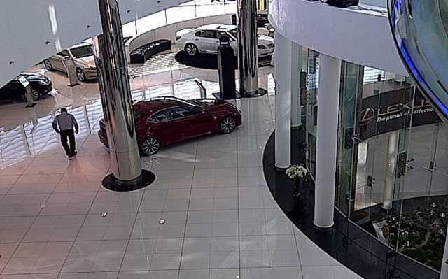 Lexus Kuwait Dealership Showroom 2