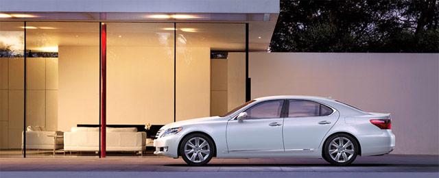 2011 Lexus LS 600hL