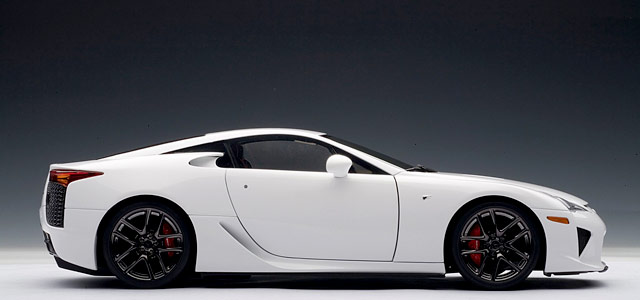 Lexus LFA Die-cast Model by Auto Art