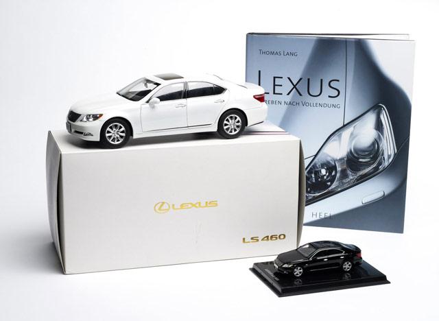 Lexus LS 460 Die-Cast Models