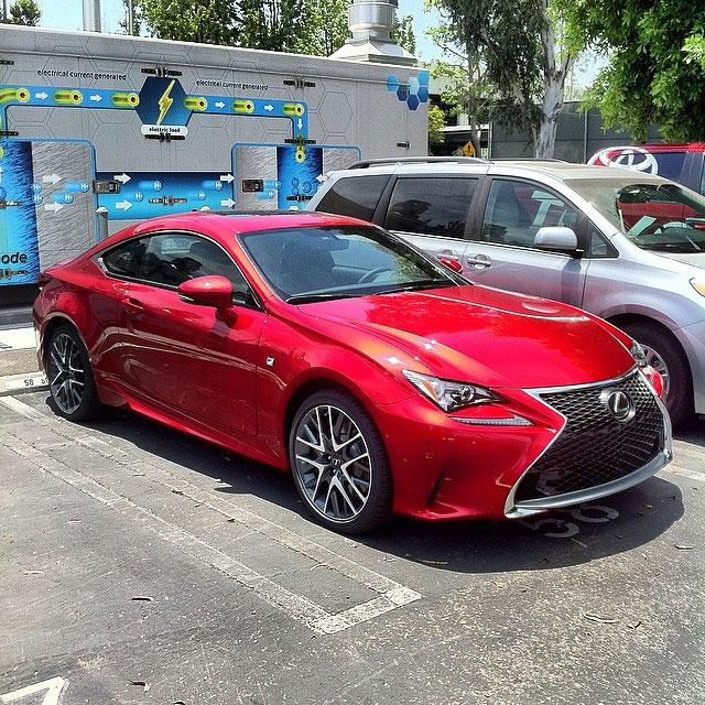 Lexus Sport: 10401550_686708511395133_1307385488_n