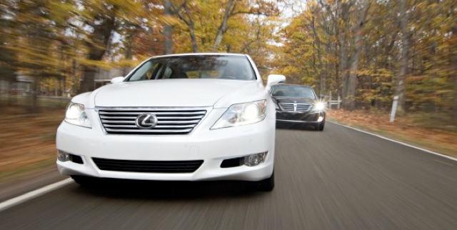 Lexus LS 460L AWD vs. Hyundai Equus