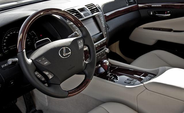 Lexus LS 600hL Interior