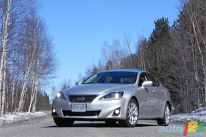 Lexus IS 350 AWD Auto123