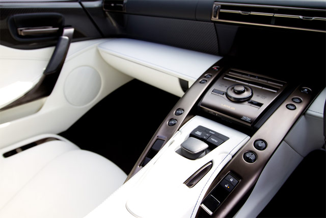 Lexus LFA #016 White Interior
