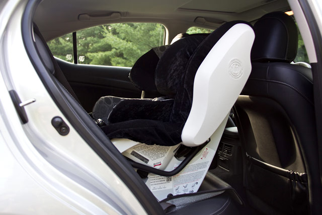 Lexus IS 350 AWD Rear Baby Seat