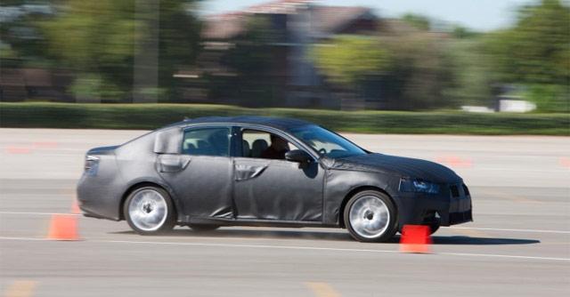 2012 Lexus GS 350 Speeding