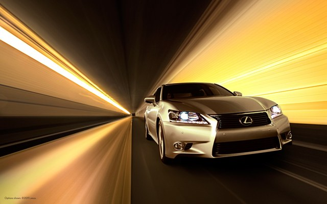 2013 Lexus GS 350 Wallpaper: Blurry