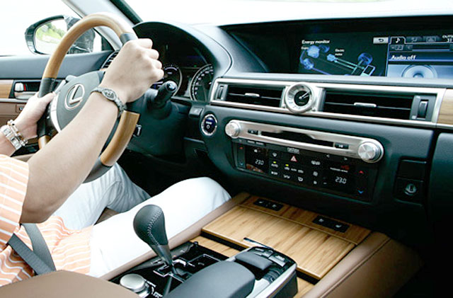 2013 Lexus GS Bamboo Interior Zoom