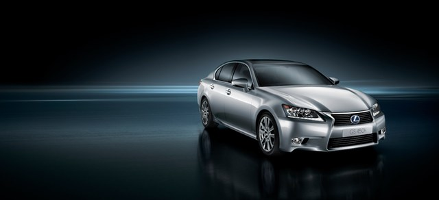 2013 Lexus GS 450h Photo Gallery