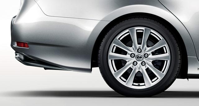 Lexus GS 450h Exhaust Side