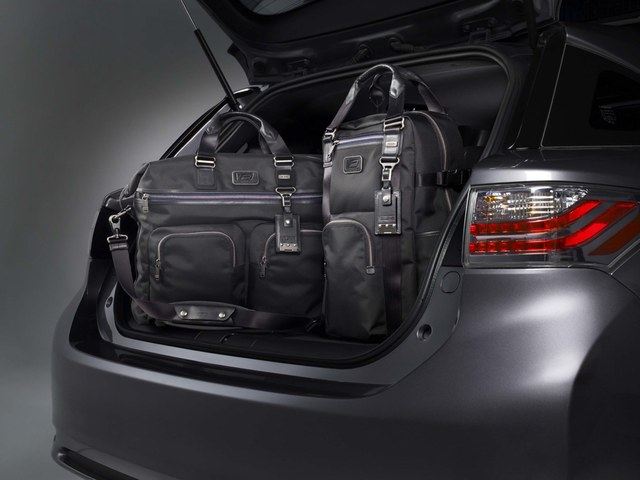 Lexus CT 200h F-Sport Special Edition Luggage