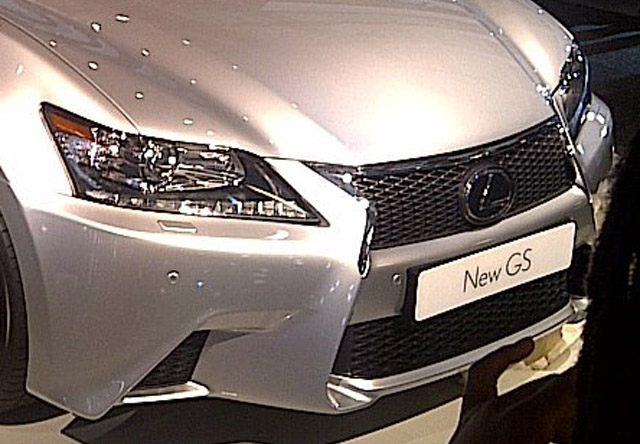 Lexus GS F-Sport Front End