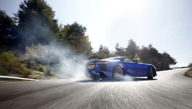 CAR Magazine Lexus LFA Amazing Shot