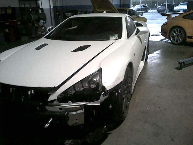 Lexus LFA Car Crash Front