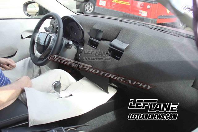 2013 Lexus ES Spied Interior