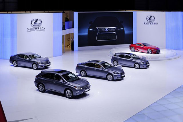 Lexus Geneva Display 1