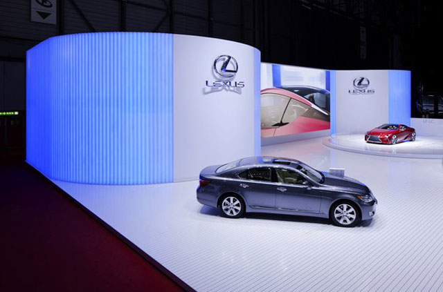Lexus Geneva Display 3