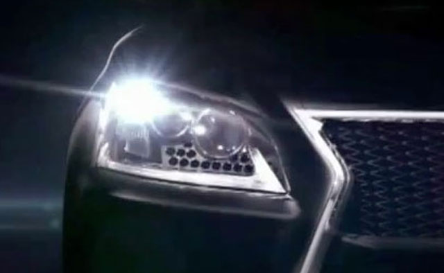 Next-Generation Lexus LS Headlight