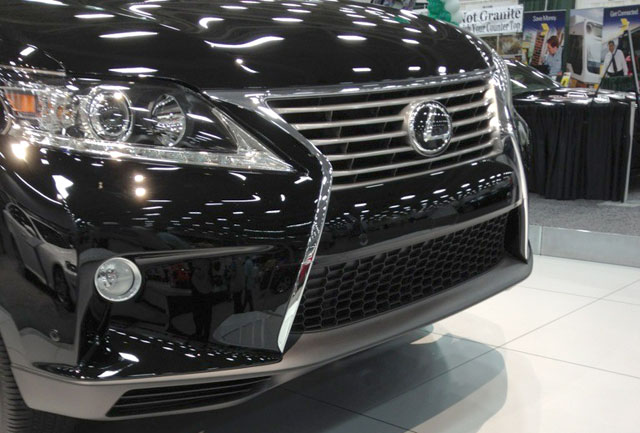 2013 Lexus RX 350 Front Close-up