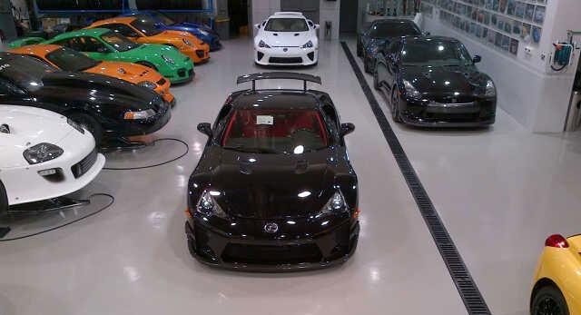 Lexus LFAs x 2