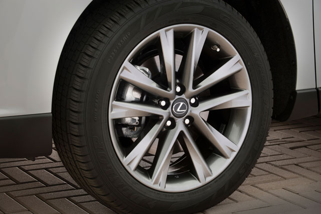 Lexus RX F Sport Wheel