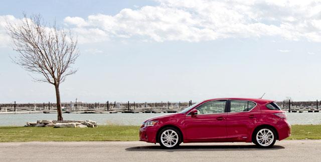 2012 Lexus CT 200h Road Test
