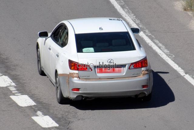 2014 Lexus IS Mule Rear