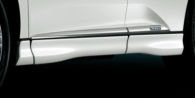 2013 Lexus RX Modellista Side Skirts