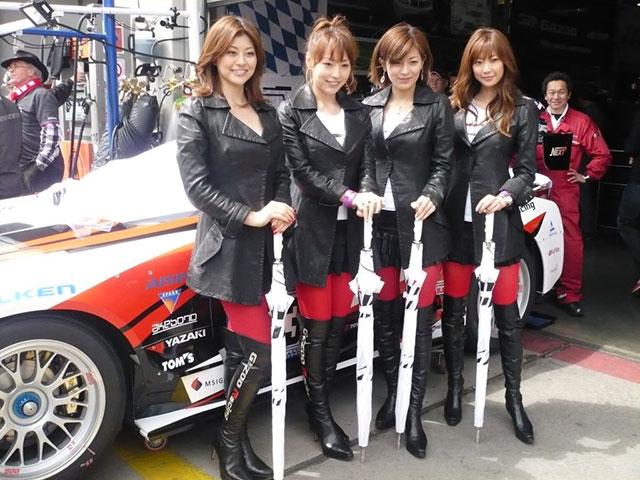 Gazoo Ladies Lexus LFA