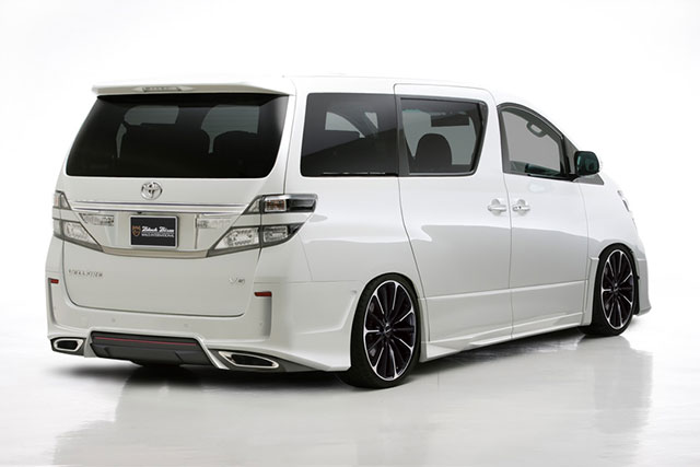 Lexus Vellfire Black Bison Rear