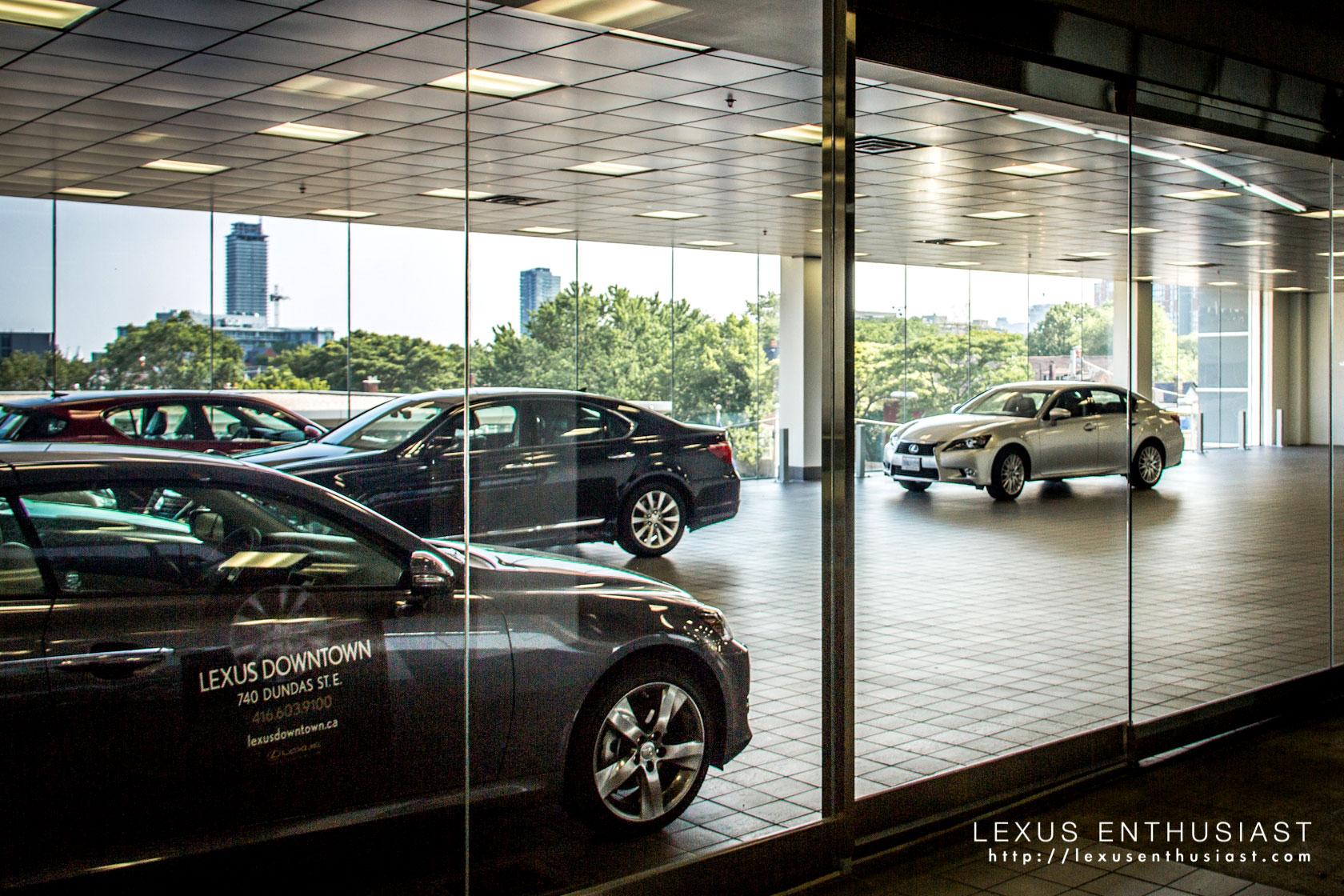 A Visit To Lexus Downtown In Toronto Lexus Enthusiast - Lexus dealership toronto