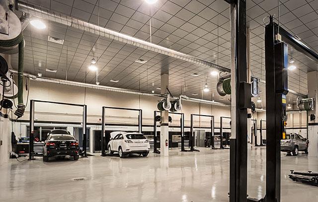 Lexus Downtown Service Bays