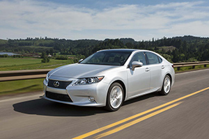 2013 Lexus ES from Road & Track