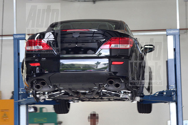 2014 Lexus IS F Convertible Undercarriage