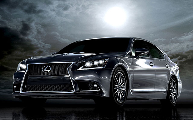 2013 Lexus LS F SPORT Desktop Wallpaper