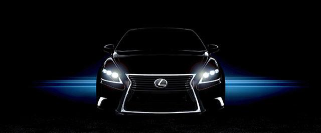2013 Lexus LS Debut
