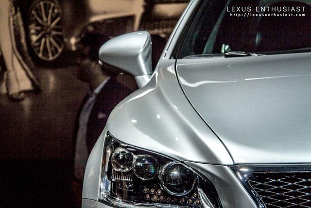 2013 Lexus LS Front Fender
