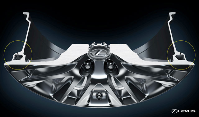 2013 Lexus LS Hollow Wheel Design