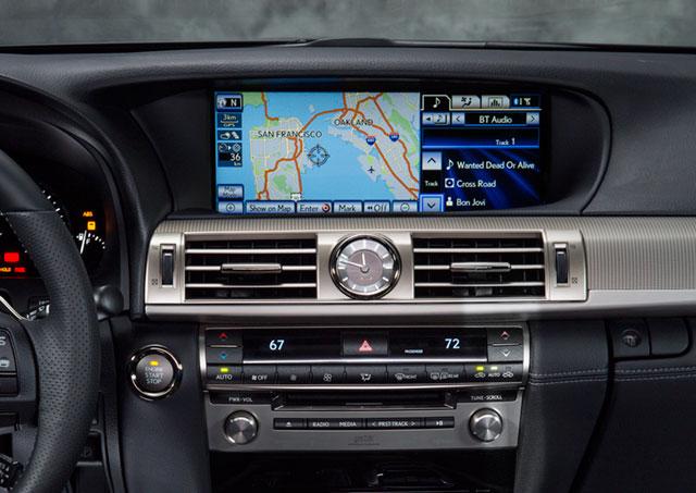 2013 Lexus LS Display