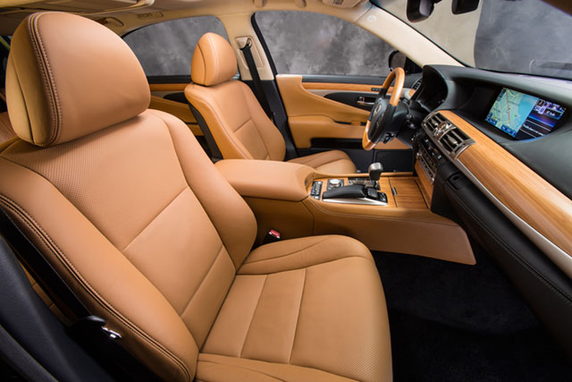 2013 Lexus LS Interior Seats