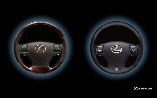 2013 Lexus LS Steering Wheels